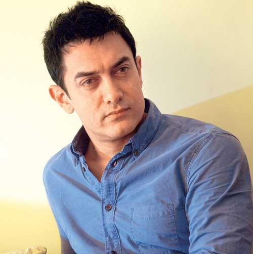 50000-people-welcomed-Aamir-Khan-in-a-village ' - 50000-people-welcomed-Aamir-Khan-in-a-village