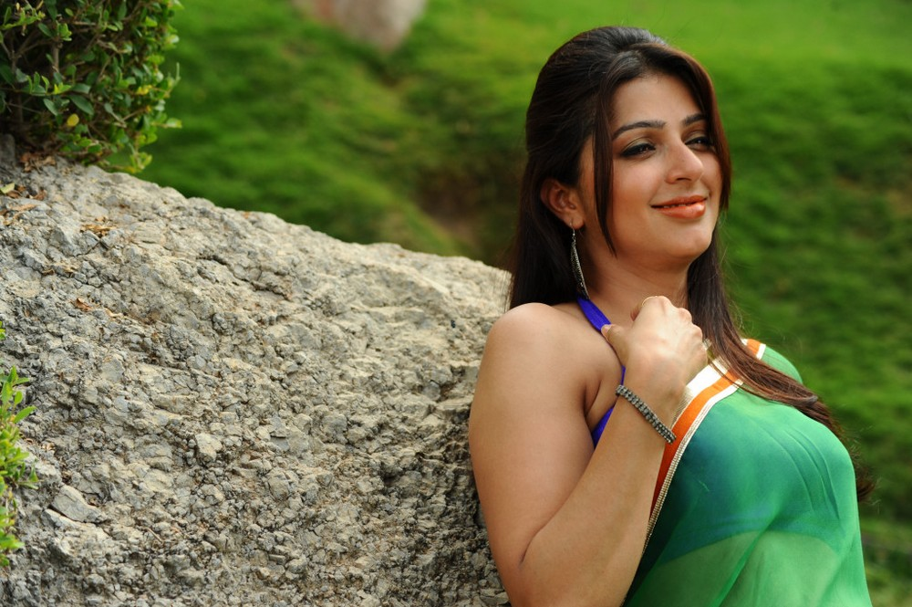 Bhumika-Spicy-Stills-Wallpapers-7